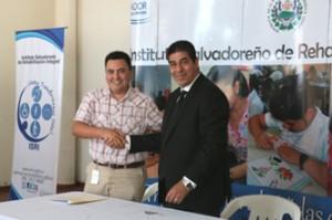 92-firman-convenio-empresas-privadas-municipalidades-e-instituciones-02