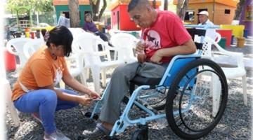 18 ISRI REALIZA DONACION DE SILLAS DE RUEDAS EN SAN LUIS TALPA 1