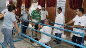 64 CAL REALIZA CAPACITACION SOBRE PROTESIS DE DESARTICULACION DE CADERA