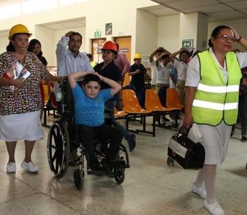 95 UCE DEL ISRI REALIZA SIMULACRO DE EVACUACION POR TERREMOTO
